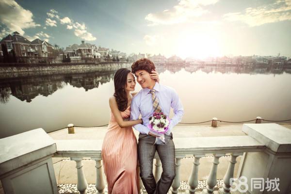 欧式情侣婚纱照