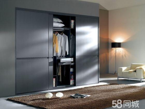 北欧现代风格滑门衣柜