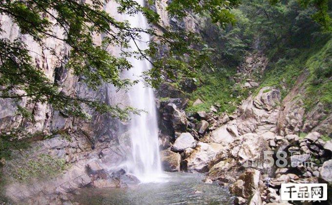 第1天  从郑州出发抵达白云山景区, 游览九龙瀑布景区.