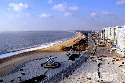 酒店位于海阳市凤凰旅游度假区海滨中路
