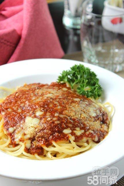 ...石斑鱼柳1份 意大利海鲜披萨1份 肉酱意粉1份 3选2 羊肉串