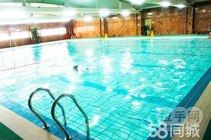 仅售30元,市场价50元的君御大酒店游泳馆体验,无需预约,有一种放松