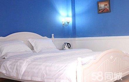 仅售58元,市场价98元的罗马假日酒店钟点房3小时,节假日通用,温馨舒适,环境优雅,是您理想的休息港湾!