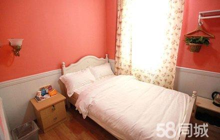 仅售78元,市场价198元的罗马假日酒店迷你单人房入住1晚,节假日通用,温馨舒适,环境优雅,是您理想的休息港湾!