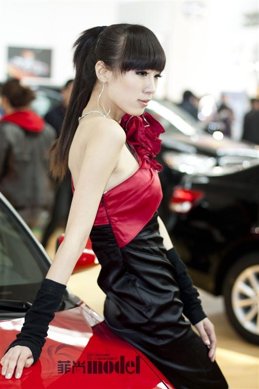 广州新丝路模特公司_成都新丝路模特公